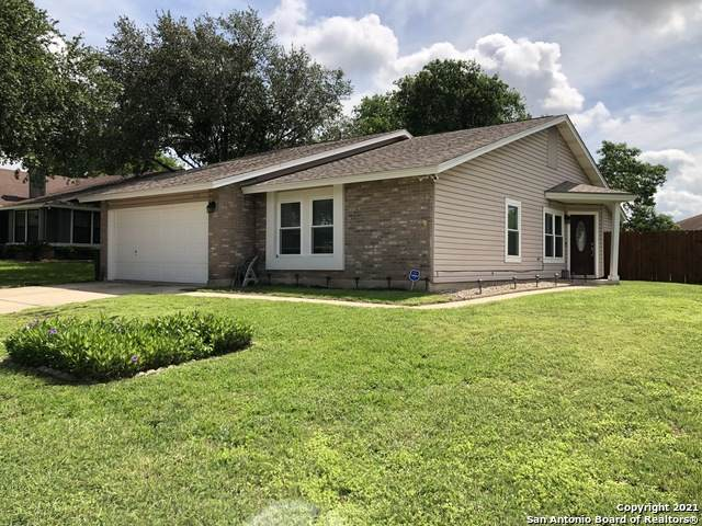 2126 Centerville Dr, San Antonio, TX 78245 (MLS #1536023) :: The Glover Homes & Land Group