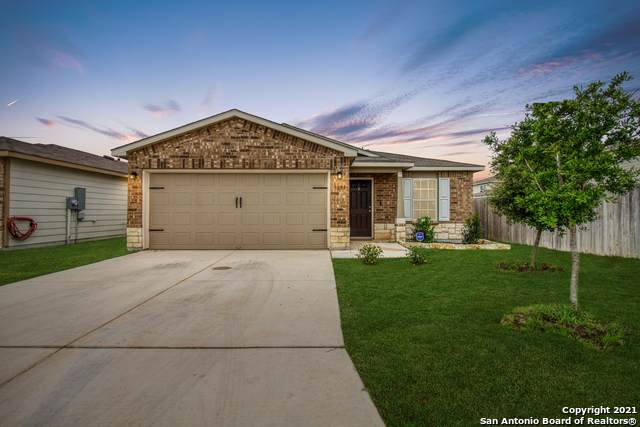 9851 Silver Mist Way, San Antonio, TX 78254 (#1536096) :: The Perry Henderson Group at Berkshire Hathaway Texas Realty