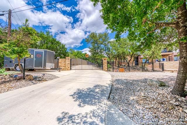 26059 Dull Knife Trail, San Antonio, TX 78255 (MLS #1536119) :: The Castillo Group