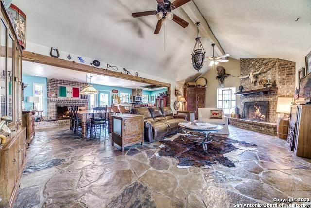 220 Shadywood, Boerne, TX 78006 (MLS #1536152) :: Williams Realty & Ranches, LLC