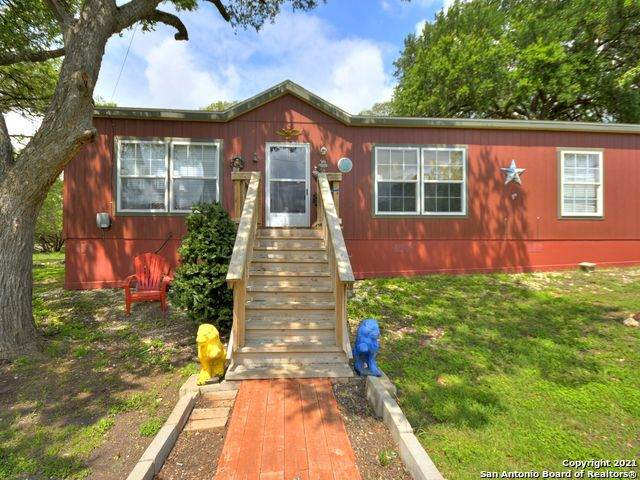 194 Fawn Dr, Spring Branch, TX 78070 (MLS #1536216) :: The Lopez Group