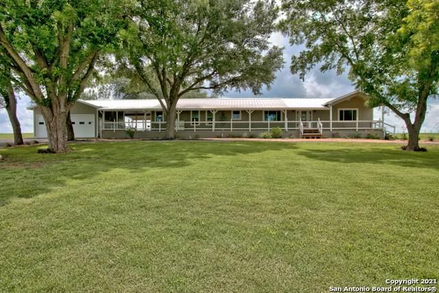 2431 Fm 467, Seguin, TX 78155 (MLS #1536340) :: Beth Ann Falcon Real Estate