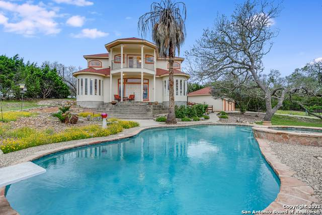 215 Majestic Oaks Dr, Boerne, TX 78006 (MLS #1536377) :: The Rise Property Group