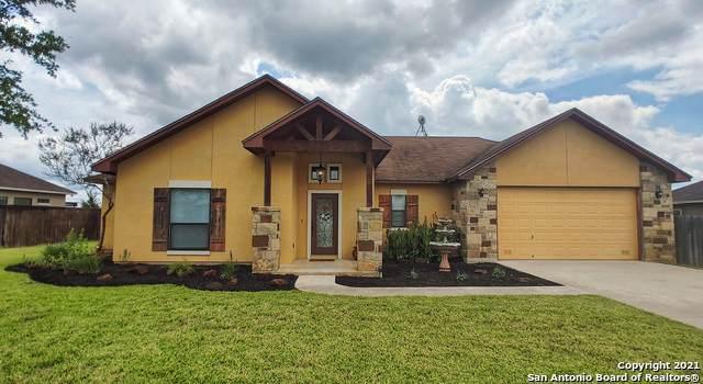 555 Bonita Creek Dr, Pleasanton, TX 78064 (MLS #1536518) :: The Real Estate Jesus Team