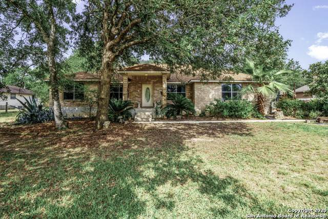 812 Evening Shade Dr, Adkins, TX 78101 (#1536582) :: The Perry Henderson Group at Berkshire Hathaway Texas Realty
