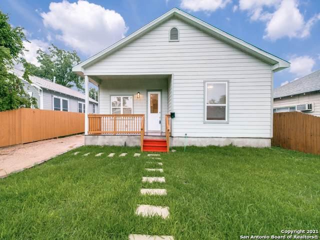 1018 W Lynwood Ave, San Antonio, TX 78201 (MLS #1536692) :: Beth Ann Falcon Real Estate