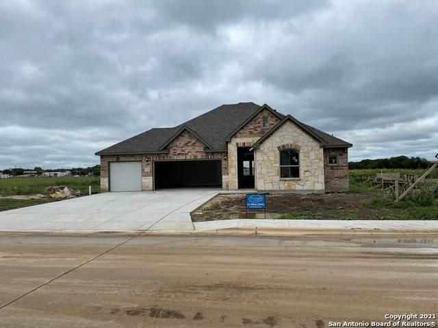 1345 Homestead Cove, New Braunfels, TX 78132 (MLS #1536721) :: BHGRE HomeCity San Antonio