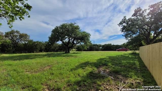 149 Private Road 1517, Bandera, TX 78003 (MLS #1536766) :: Concierge Realty of SA