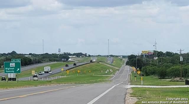 000 N I-35 Frontage Road, Moore, TX 78057 (MLS #1536768) :: JP & Associates Realtors