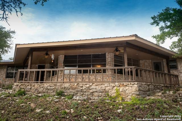 7010 Cornwall Dr, Spring Branch, TX 78070 (MLS #1536775) :: 2Halls Property Team | Berkshire Hathaway HomeServices PenFed Realty