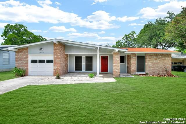 6115 War Bonnet St, San Antonio, TX 78238 (MLS #1536873) :: Keller Williams Heritage