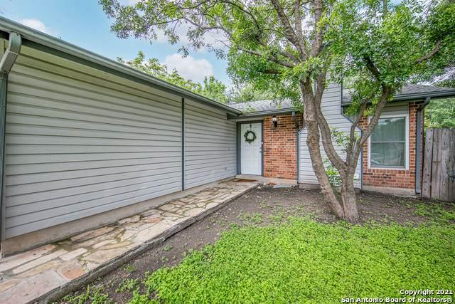 807 Thrasher Dr, San Antonio, TX 78245 (MLS #1536931) :: Beth Ann Falcon Real Estate