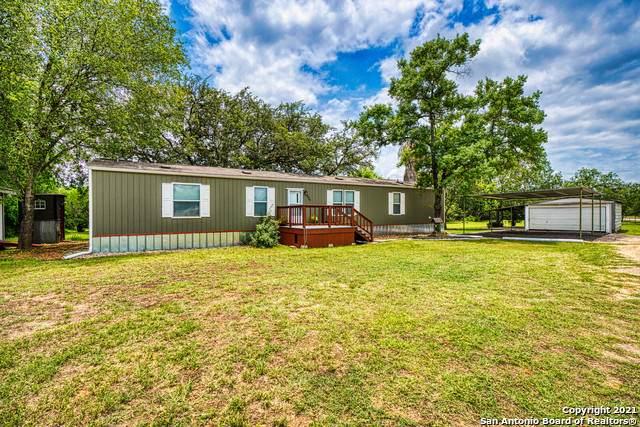 14400 Pearsall Rd, Lytle, TX 78052 (MLS #1536932) :: Carter Fine Homes - Keller Williams Heritage