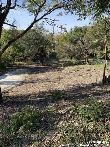 112 Sparrow Hawk Trail, Boerne, TX 78006 (MLS #1536940) :: The Gradiz Group