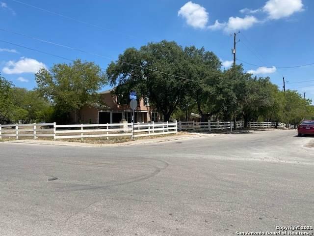 941 Sutton Dr, San Antonio, TX 78228 (MLS #1536979) :: 2Halls Property Team | Berkshire Hathaway HomeServices PenFed Realty