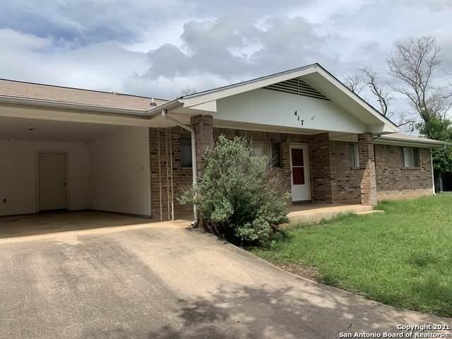 417 Hilldale Dr, Granite Shoa, TX 78654 (MLS #1536986) :: Beth Ann Falcon Real Estate
