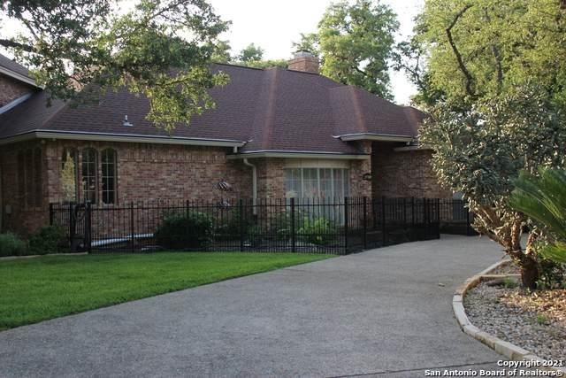 29709 Cojak Circle, Fair Oaks Ranch, TX 78015 (MLS #1536990) :: The Lugo Group