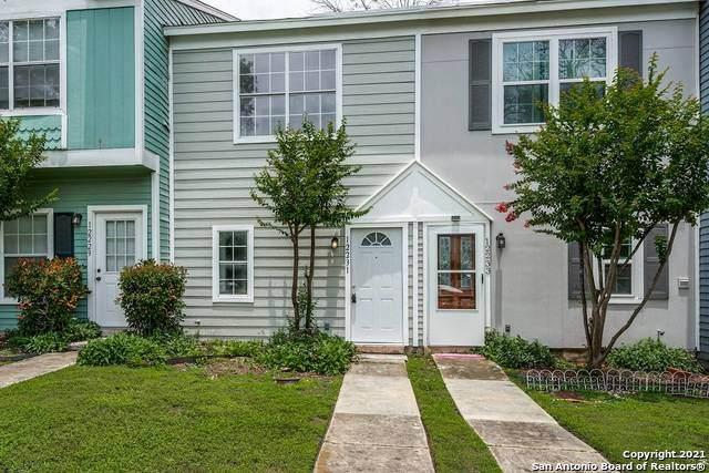 12231 Magnolia Blossom, San Antonio, TX 78247 (MLS #1537050) :: Neal & Neal Team