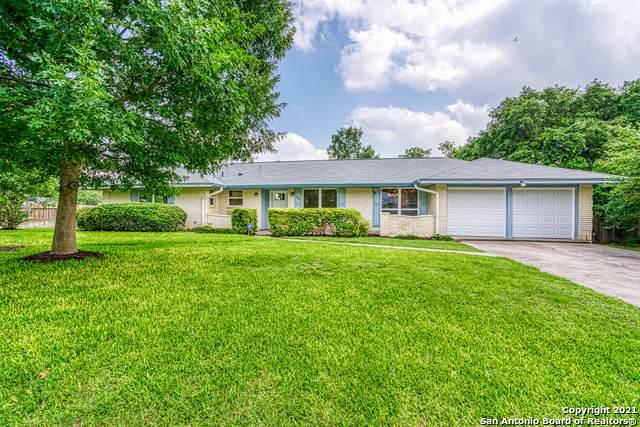 902 Haltown Dr, San Antonio, TX 78213 (MLS #1537188) :: Beth Ann Falcon Real Estate