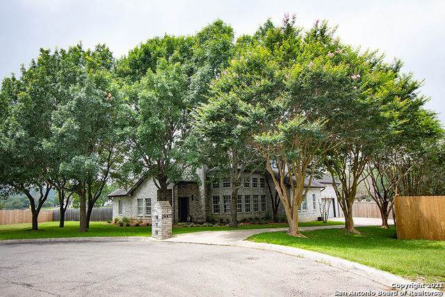 29307 Sumpter Dr, Fair Oaks Ranch, TX 78015 (#1537189) :: The Perry Henderson Group at Berkshire Hathaway Texas Realty