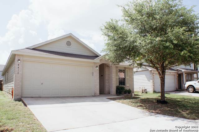 8410 Stone Chase, San Antonio, TX 78254 (#1537286) :: The Perry Henderson Group at Berkshire Hathaway Texas Realty