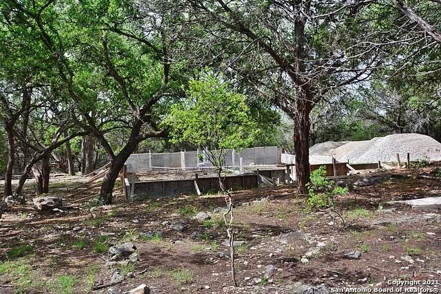 1844 Laguna, Spring Branch, TX 78070 (MLS #1537337) :: Beth Ann Falcon Real Estate