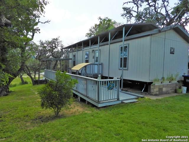 223 Live Oak Ln, Lakehills, TX 78063 (MLS #1537397) :: Williams Realty & Ranches, LLC