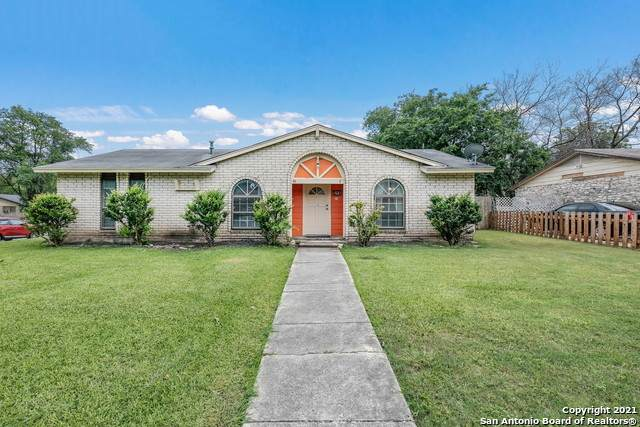 315 Royal Dr, Converse, TX 78109 (MLS #1537420) :: The Rise Property Group