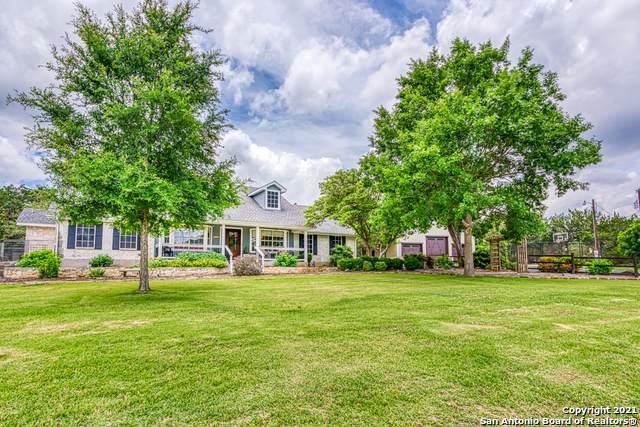 32661 Smithson Valley Rd, Bulverde, TX 78163 (MLS #1537466) :: Bexar Team
