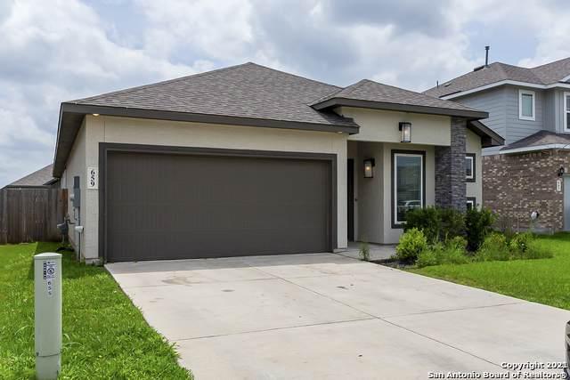 659 Wipper, New Braunfels, TX 78130 (MLS #1537597) :: The Castillo Group