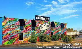 915 Dallas St - Photo 1