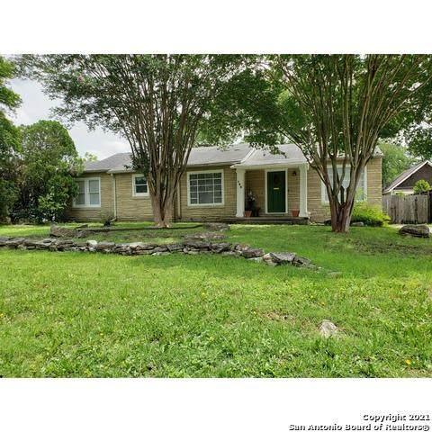 146 Larchmont Dr, San Antonio, TX 78209 (MLS #1537612) :: The Gradiz Group