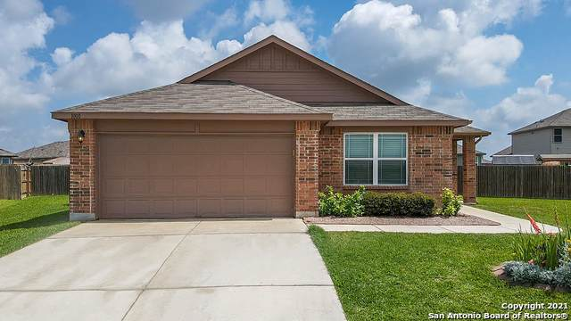 1000 Polmont Ct, Seguin, TX 78155 (MLS #1537616) :: The Glover Homes & Land Group