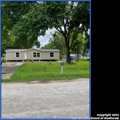 306 Pecan Dr Sw, McQueeney, TX 78123 (MLS #1537644) :: Real Estate by Design