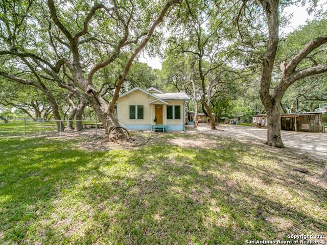 3335 Green Valley Rd, Cibolo, TX 78108 (MLS #1537645) :: The Glover Homes & Land Group