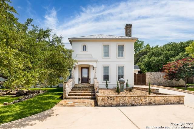 202 Blackjack Oak, Shavano Park, TX 78230 (MLS #1537732) :: Exquisite Properties, LLC