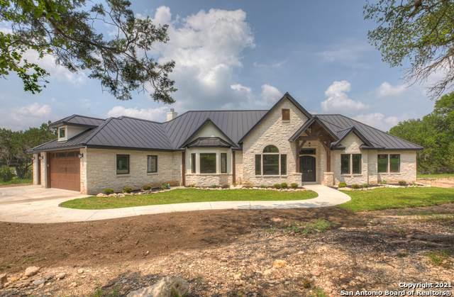 2098 Alto Lago, Canyon Lake, TX 78133 (#1537800) :: The Perry Henderson Group at Berkshire Hathaway Texas Realty