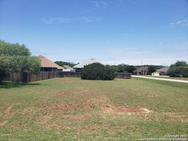15712 Glenn Ln, Selma, TX 78154 (MLS #1537843) :: Texas Premier Realty