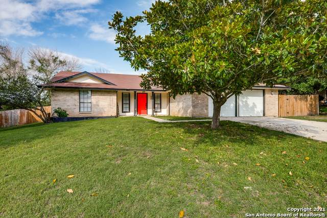 923 Springhill Dr, New Braunfels, TX 78130 (#1538021) :: Zina & Co. Real Estate
