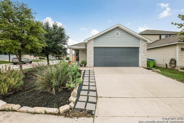 12243 Raw Silver, San Antonio, TX 78254 (MLS #1538033) :: Beth Ann Falcon Real Estate