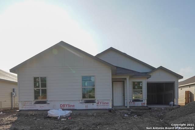 6926 Diamond Valley, San Antonio, TX 78242 (MLS #1538100) :: Beth Ann Falcon Real Estate