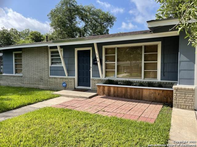 134 Tansyl Dr, San Antonio, TX 78213 (MLS #1538137) :: Keller Williams Heritage