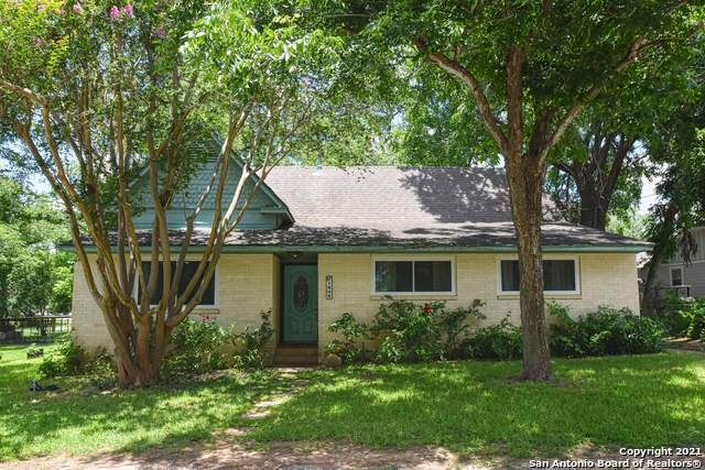 1404 S 3RD ST, Floresville, TX 78114 (MLS #1538177) :: EXP Realty