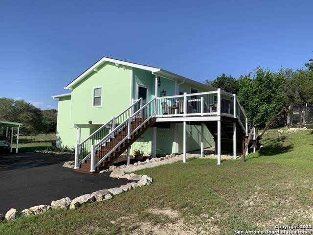 1576 Fm 3424, Canyon Lake, TX 78133 (MLS #1538180) :: The Glover Homes & Land Group