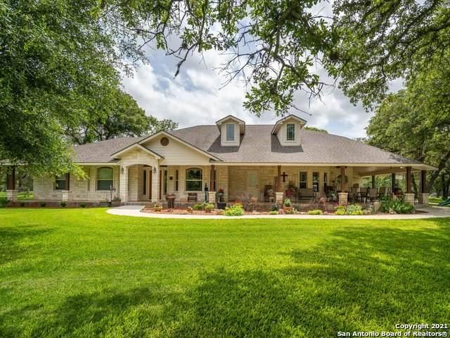 437 Littlehorn Ln, Stockdale, TX 78160 (MLS #1538255) :: The Glover Homes & Land Group
