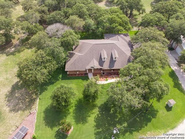 437 Littlehorn Ln, Stockdale, TX 78160 (MLS #1538257) :: Neal & Neal Team