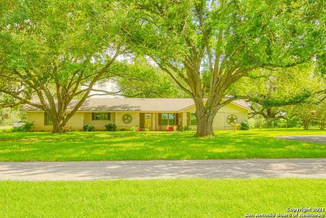 12709 Us Highway 87 S, Adkins, TX 78101 (MLS #1538264) :: Alexis Weigand Real Estate Group