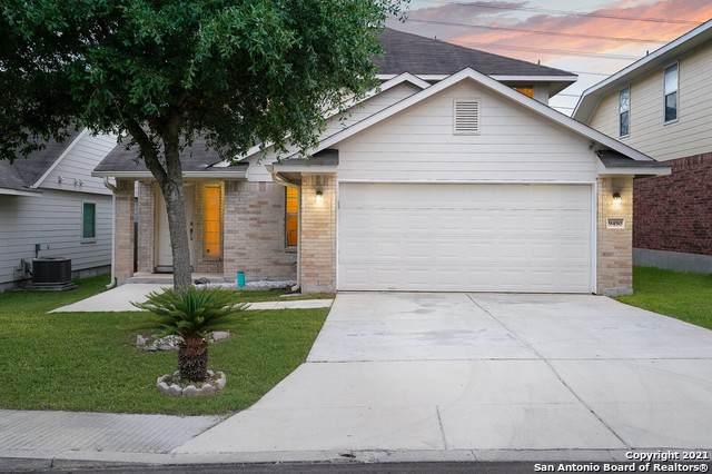9450 Everton, San Antonio, TX 78245 (MLS #1538356) :: Keller Williams Heritage