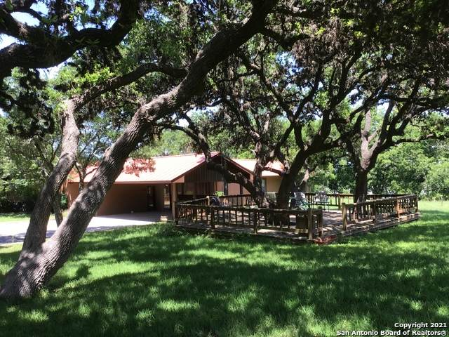 610 Kendalia Rd, Blanco, TX 78606 (MLS #1538381) :: The Glover Homes & Land Group