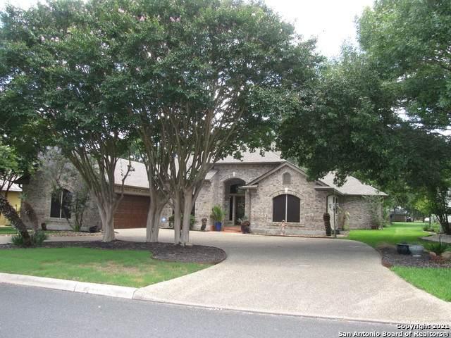 29734 Fairway Vista Dr, Boerne, TX 78015 (MLS #1538398) :: Concierge Realty of SA